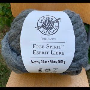 Loops Threads Wool Blend Charcoal Gray Jumbo Yarn